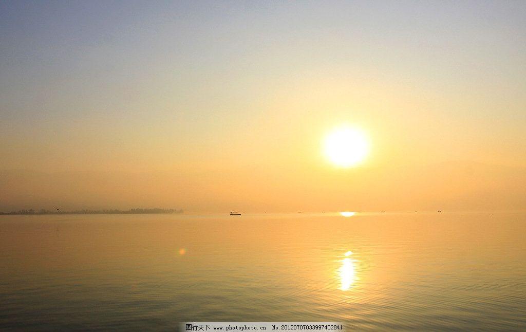湖面日出 海上日出 海上日落 早晨 日出剪影 起航 风光 日出风光 海