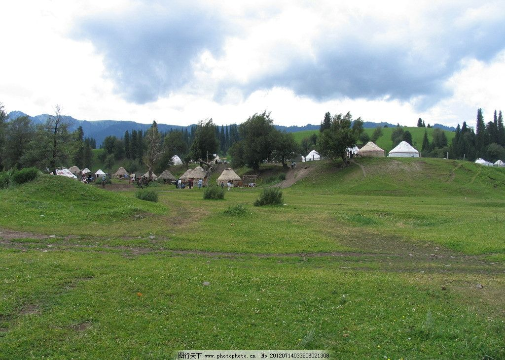 内蒙谷图片,草原 蓝天白色 绿草 蒙古包 大树 云彩-图