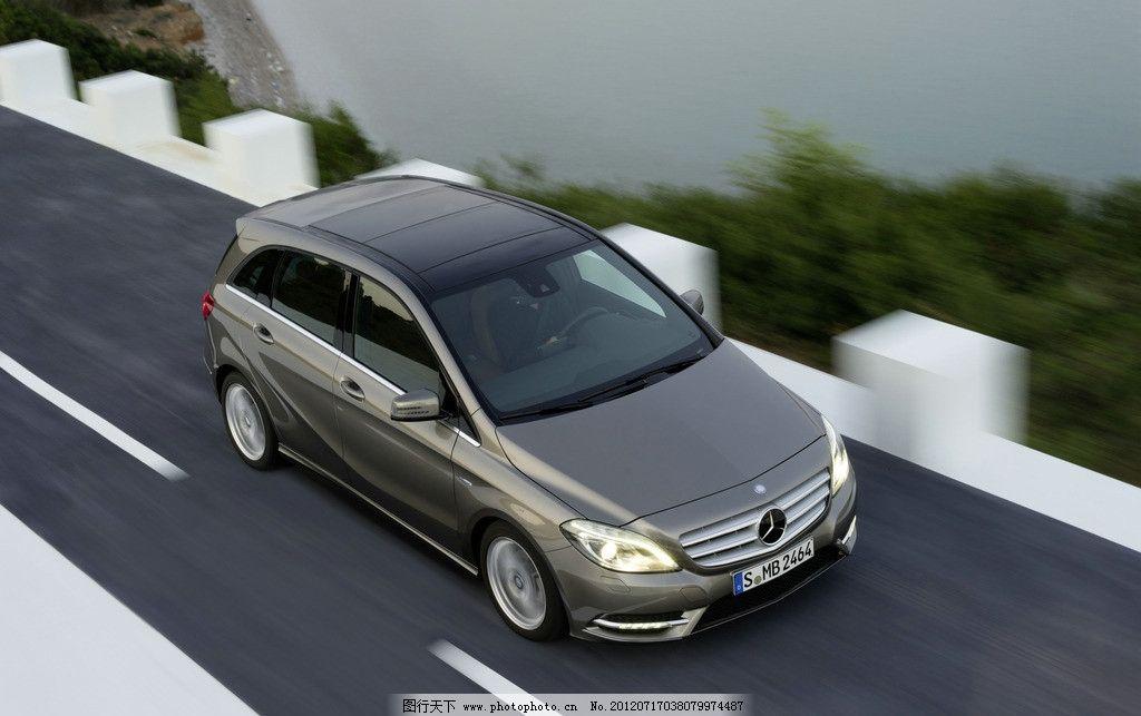全新b级轿车 奔驰b级轿车俯视图 汽车 灰色 道路 交通工具 现代科技