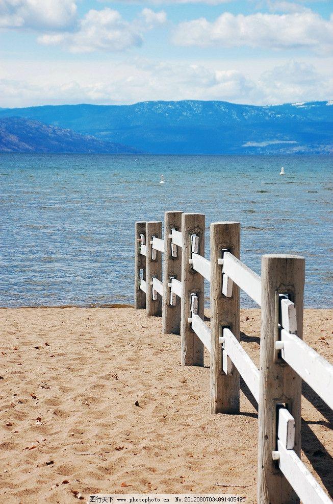 海边风光 海边 大海 海洋 沙滩 海滩 栅栏 围栏 蔚蓝 游玩 休闲 度假