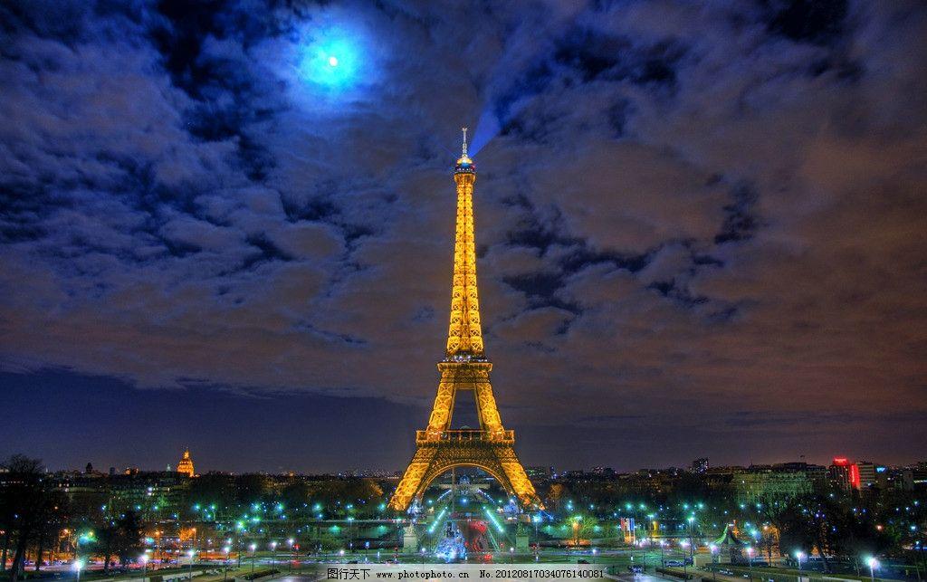 巴黎埃菲尔铁塔夜景灯光图片