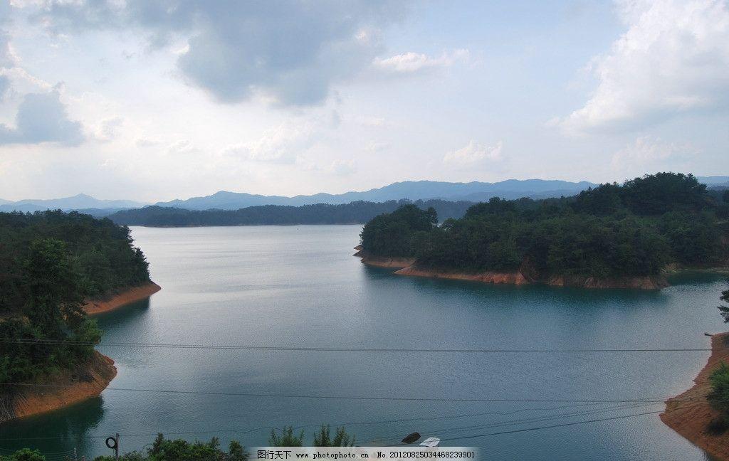 湖泊 江面 河面 水库 湖泊景观 江河风光 水面 小船 山水风景 自然