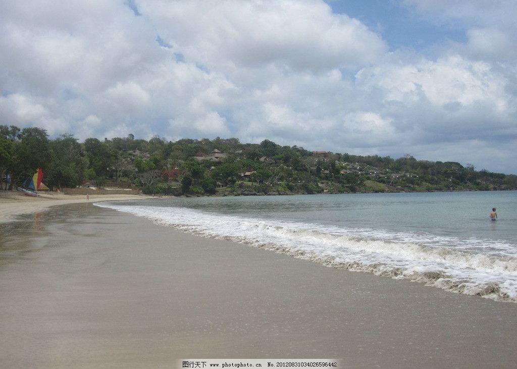巴厘岛沙滩 巴厘岛 沙滩 旅游 风景 金巴蓝沙滩 海边风景 绿树 房屋
