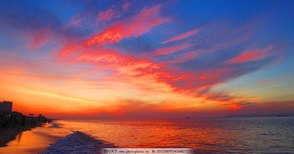 日出火烧云图片