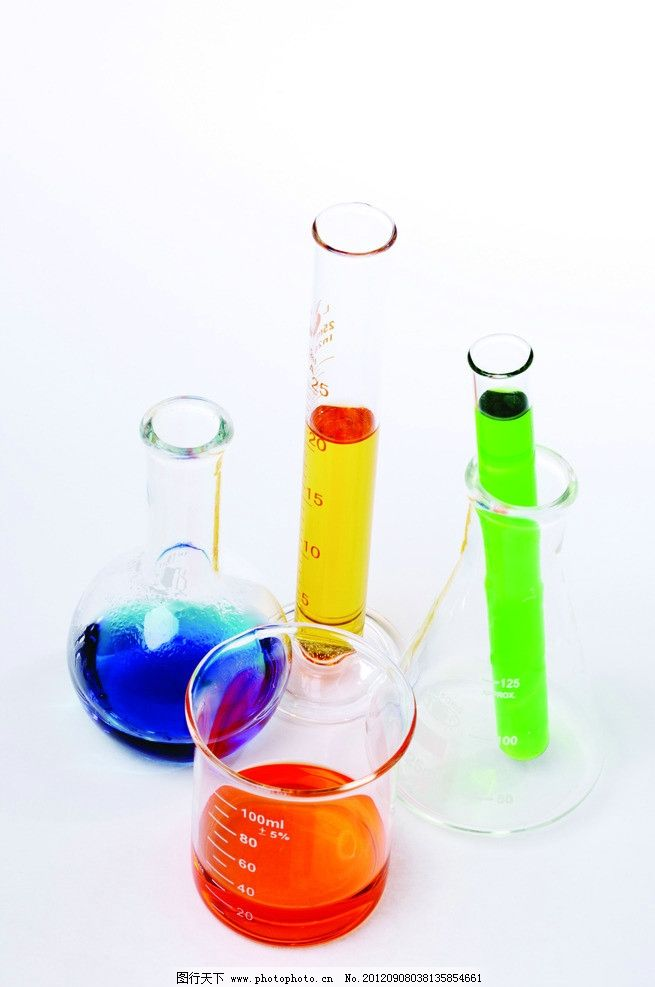 科学实验 试管 玻璃试管 量杯 刻度量杯 试管架 彩色液体 黄色液体