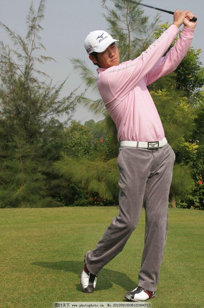 高尔夫教练图片