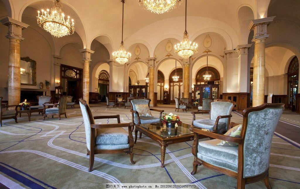 大厅      欧式 室内 灯饰 桌子 椅子 室内摄影 建筑园林 摄影 240dpi