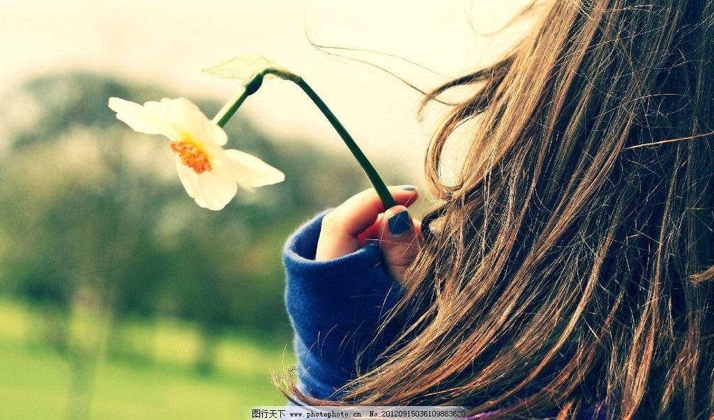 小女孩头发 花朵 柔美 意境 唯美 日常生活 摄影