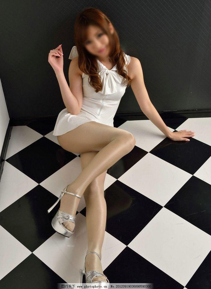 白丝袜少女_丝袜美女图片