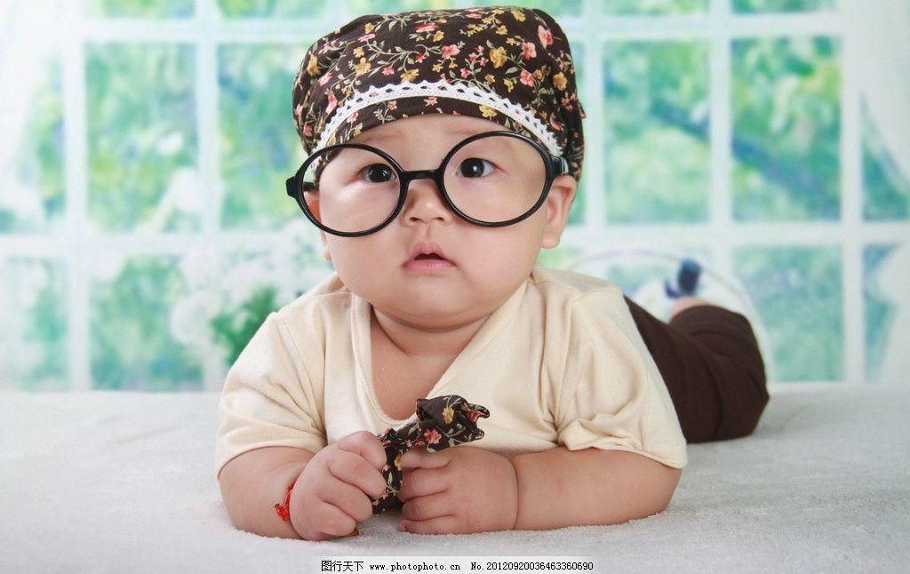 戴眼镜婴儿 婴儿 眼睛 宝宝戴眼镜 儿童幼儿 人物图库 摄影 72dpi jpg
