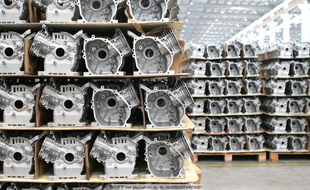 曲轴箱体 曲轴 箱体 引擎 发动机 发电机 工厂 制造 车间 仓库 存储