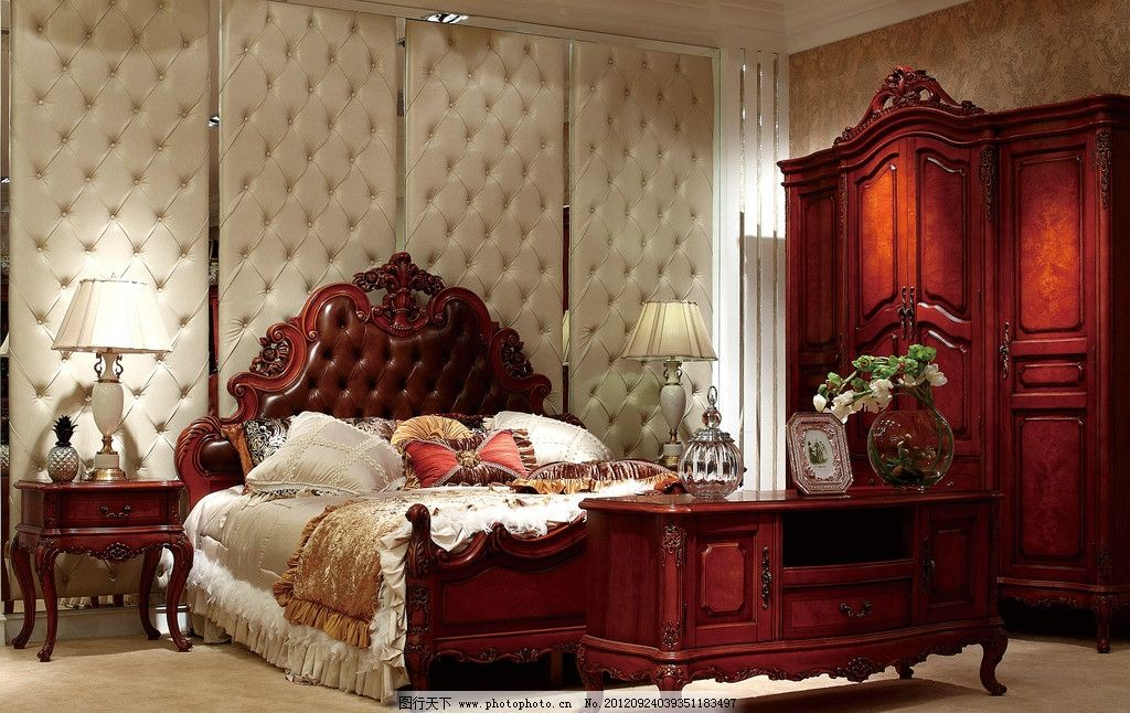 欧式卧室 大床 柜子 床头柜 台灯 室内摄影 建筑园林
