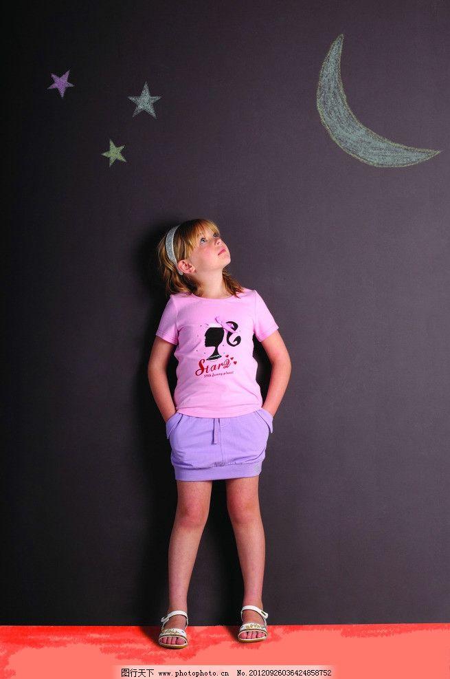 小朋友 女童 童装 粉笔画